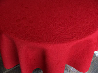 pique quilted tablecloth
