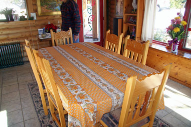 french provincial yellow tablecloth