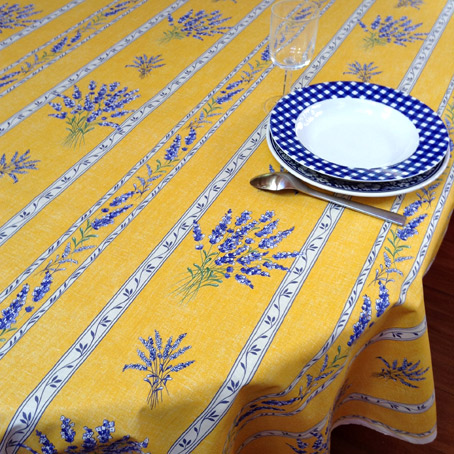 Delicieux French Tablecloths And Provencal Fabrics
