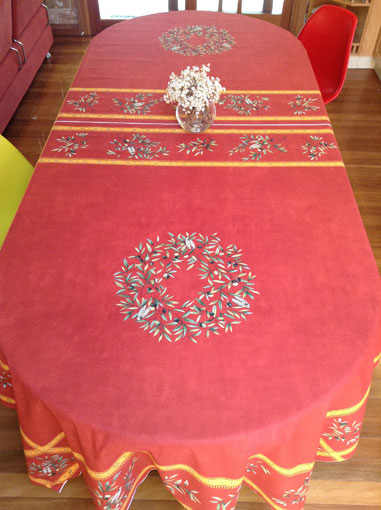 French provencal 10 to 12 seater tablecloth with olive designs