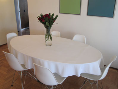 Ordinaire Oval White Tablecloth