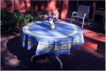 Attirant French Tablecloths And Provencal Fabrics