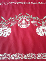 Christmas tablecloth red and ecru