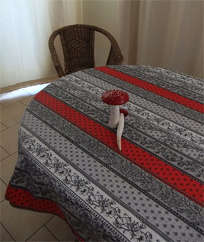 Rectangular And Oval Tablecloths